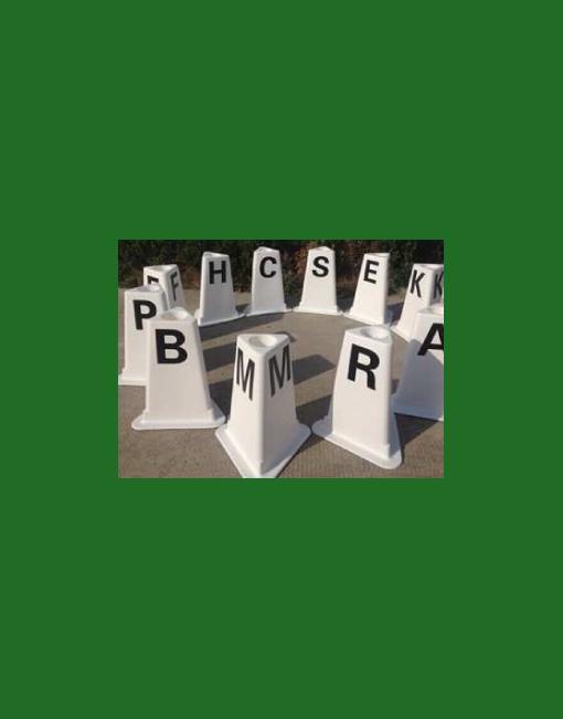 HINDERNISMATERIAAL-Dressuur-ring-letters-kunststof